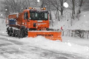 Winter in Wien: MA 48-Winterdienst im Volleinsatz